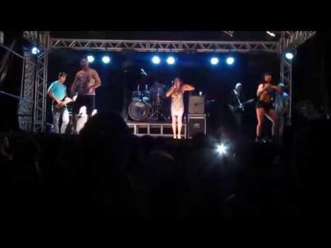 banda Mega Zueira (circuito zero) festa de São Vicente em Carvalhopolis-mg