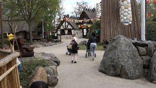 De retour au Parc Astérix pour cette année 2017 durant un week-end chargé de la fête du travail avec un temps couvert mais doux. C'est avec plaisir que l'on nous retrouvons notre cher B&M  Oziris avec un train sur deux avec du nylon et les nombreuses autres attractions du parc gaulois.