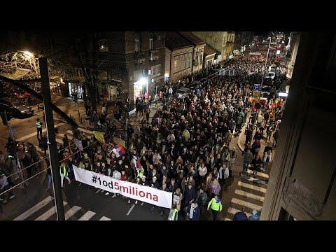 Διαδηλώσεις σε Σερβία και Μαυροβούνιο