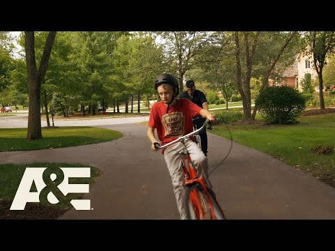 Donnie Loves Jenny: Guy Time with Donnie and Evan (Season 3, Episode 6) | A&E