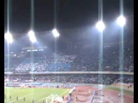 El Napoli enfrenta al Inter en el estadio San Paolo