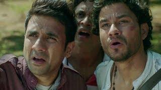 Nonton Kunal Khemu, Vir Das & Anand Tiwari Freak Out - Go Goa Gone Film Subtitle Indonesia Streaming Movie Download