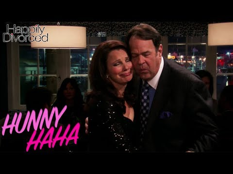 Fran-alyze This | Happily Divorced S2 EP10 | Full Episodes