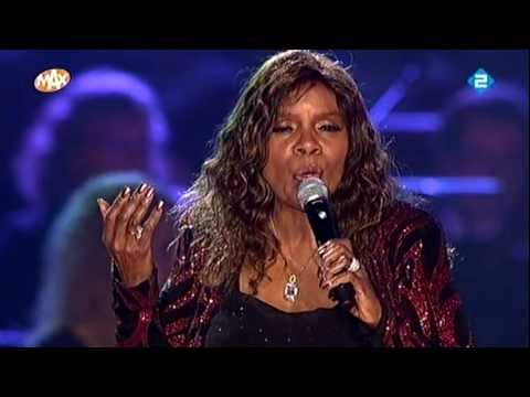 Gloria Gaynor - The Christmas Song lyrics