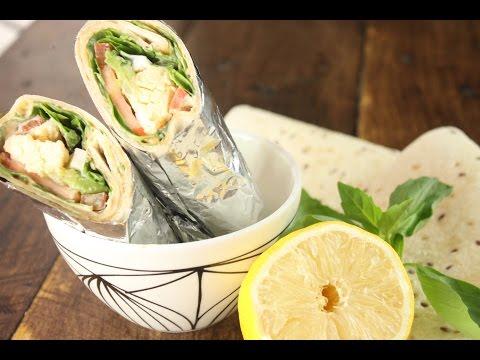 Wrap con Aguacate y Salsa de Soja