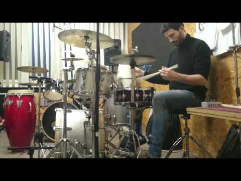 Giancarlo Mura warming up on drums