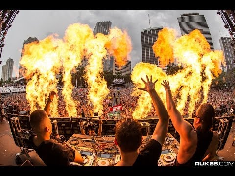festival - Dimitri Vegas, Martin Garrix & Like Mike - Tremor is out now: http://btprt.dj/1jpSAwv Thank you Ultra Music Festival for a great WMC! Mainstage on Saturday w...