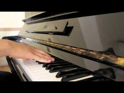gsmaestro - George Shaw discusses how to compose musical parodies along with examples of his own parodies of popular movie themes. Featuring Michelle Phan. Original Harr...
