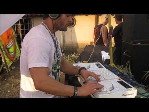DJ Felipe Faraó - Tocando na Psy Friends 2 edição em Diamantina MG das 6:40 as 8:10 da manha