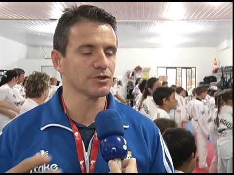 TAEKWONDO - Técnico da Seleção Brasileira visita projetos em Itapejara D'Oeste