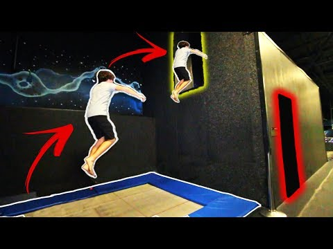 OBSTACLE COURSE RACE In Worlds LARGEST Trampoline Park!! | JoogSquad (видео)