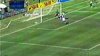 2005: Cruzeiro 1x0 Atlético MG baudocruzeiro.blogspot.com
