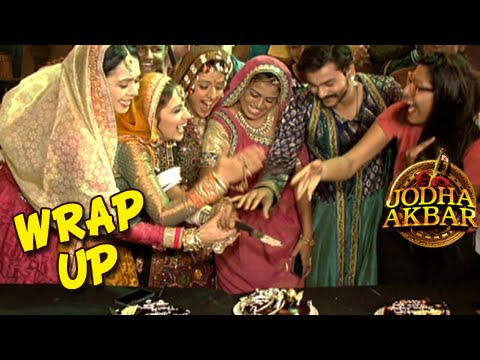 Jodha Akbar Wrap Up Party | Cake Cutting With The