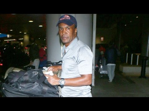 Boxing Legend Sugar Ray Leonard Asked About Athletes Protesting National Anthem
