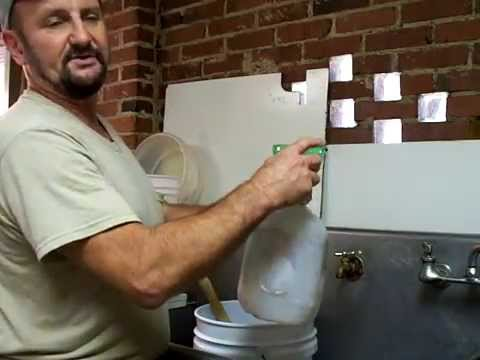 Beekeeping,Sugar Water Mixing,Beekeeper Beehive Honey bees feeding