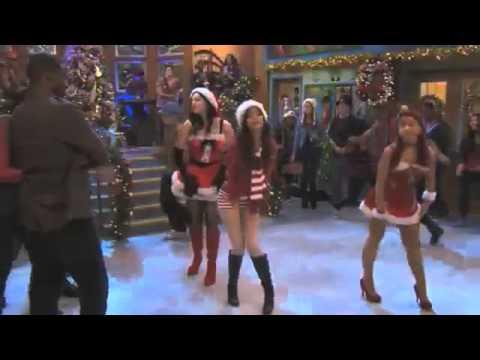Tekst piosenki Victoria Justice - It's Not Christmas Without You & Ariana Grande , Liz Gillies , Leon Thomas III po polsku