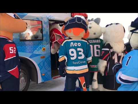 Приключения маскотов на Матче Звёзд: толстый Снеговик (видео)