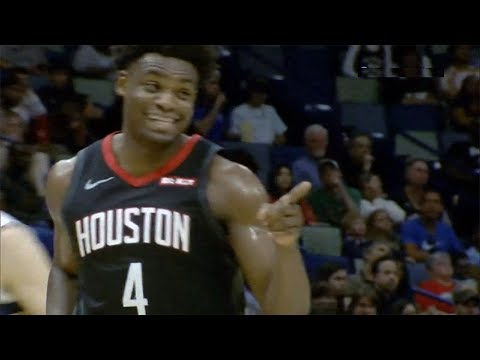 Danuel House Jr. impersonates James Harden's stepback three