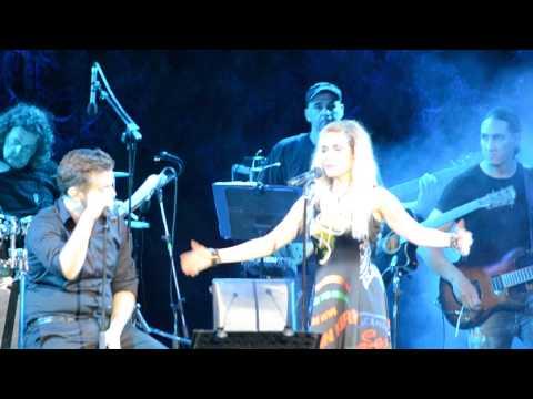 Video Anna Vissi - I Epomeni Kinisi feat. Michalis Hatzigiannis, Nicosia (02/09/2015) [fannatics.gr] download in MP3, 3GP, MP4, WEBM, AVI, FLV January 2017