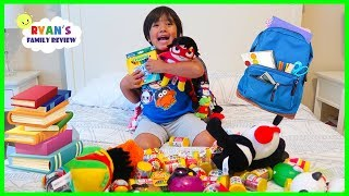 Video WHAT'S IN MY BACKPACK 2018??? Back To School Challenge with Ryan's Family Review!!! MP3, 3GP, MP4, WEBM, AVI, FLV Agustus 2018