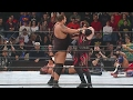 foto Kane shows off his immense strength by lifting Big Show over-the-top-rope: Royal Rumble 2002