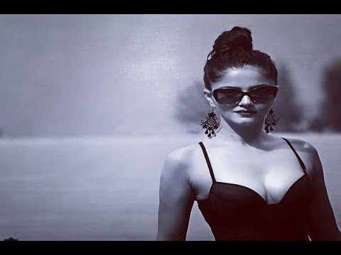 Video In Graphics: rubina dilaik shares bold photos on instagram download in MP3, 3GP, MP4, WEBM, AVI, FLV January 2017