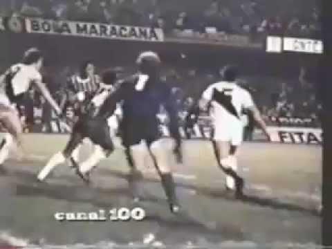 Corinthians 1 X 0 Ponte Preta 1977 - Gol de Basílio