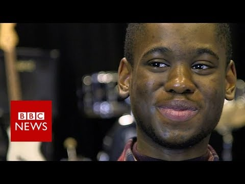 The teen 'downloading music into his head' - BBC News