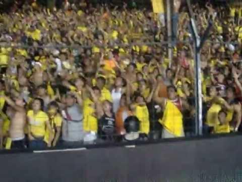 SUR OSCURA CANTANDO EN EL CAPWELL CLASICO 12-08-12 - Sur Oscura - Barcelona Sporting Club - Ecuador - América del Sur