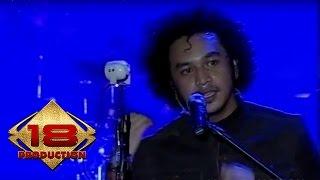 Video Nidji - Manusia Sempurna  (Live Konser Ambon 22 Februari 2008) MP3, 3GP, MP4, WEBM, AVI, FLV Oktober 2017
