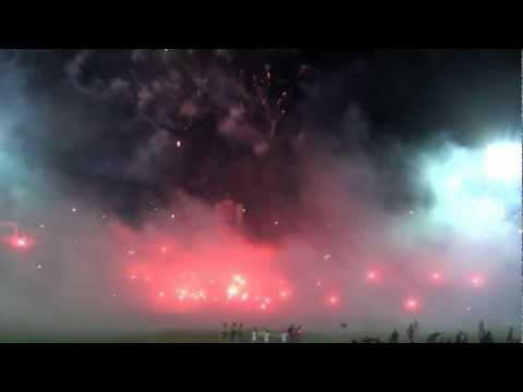 Recibimiento Deportivo Quito vs U. Chile - Mafia Azul Grana - Deportivo Quito