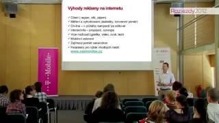 Foto z akcie Rozjezdy Roku prednáša Viktor Janda.