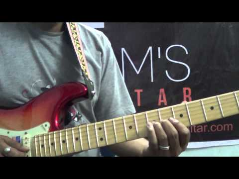 Blues licks in style of Eric Clapton and Guthrie Govan