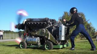 Rolls-Royce Griffon V12 Engine 2490Hp Startup