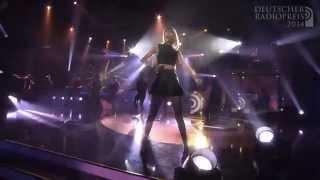 Taylor Swift - Shake It Off LIVE At Deutscher Radiopreis 2014 (04.09.2014)