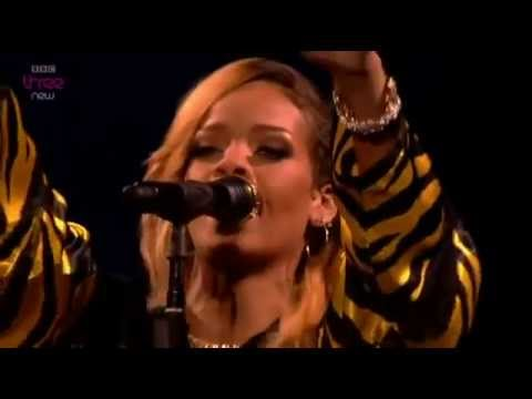 Rihanna   Diamonds Live At 'T in the park' festival2