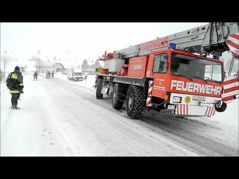 Totalsperre der B38 bei LKW Bergung am 21.12.2011