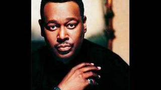 Luther Vandross - I'd Rather No copyright infringement intended, just wanted to share this classic from a legend with the rest of the...