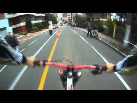 Junior Felix GO PRO Downhill Urbano do Vinho | RS 2011
