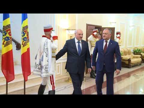 Președintele Republicii Moldova, Igor Dodon, a avut o întrevedere cu Preşedintele Republicii Belarus, Aleksandr Lukaşenko, aflat în Moldova la invitaţia șefului statului nostru