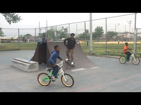 SKATEBOARDING: A HELMET WOULDNT HAVE HELPED!_Legjobb vide�k: Extr�m