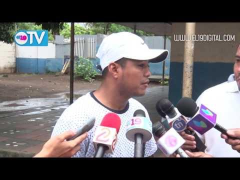 """Román """"Chocolatito"""" González anima a la población a verificarse"""
