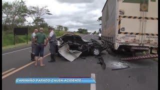 Homem fica ferido em acidente entre carro e caminhão na SP -333 em Marília