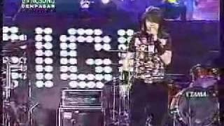 Gigi - Kepastian Yang Kutunggu (Live) @ Denpasar.mp4