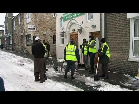 iera - When Cambridge was completely snowed under - the iERA Dawah Dream Team along with members of local Muslim Community found a way to turn the situation into a ...