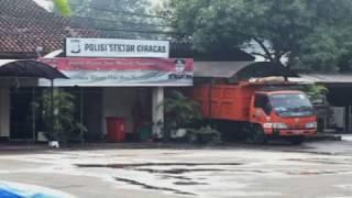 Video (LIVE) Kronologi Pembakaran Polsek Ciracas Usai Pengeroyokan TNI MP3, 3GP, MP4, WEBM, AVI, FLV Desember 2018