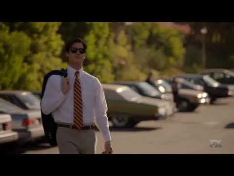 American Crime Story, Versace 2x08- Andrew goes Shirtless for Year Book (HQ)
