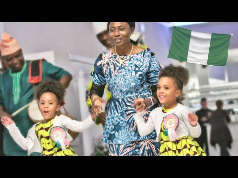 Twins Dance At Nigerian Celebration
