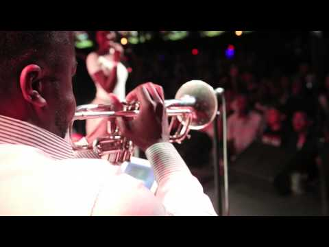 gentai - TeamHornSection moving and grooving with Gentai Kaijo @ Brooklyn Bowl. JULY 4TH 2014.