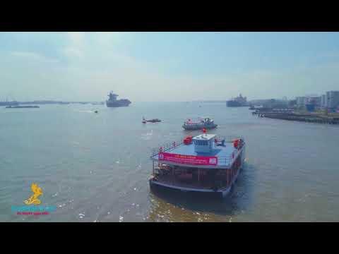 Du Thuyền Ngựa Biển - Tàu nhà hàng 3 thân đạt chuẩn đầu tiên tại Việt Nam